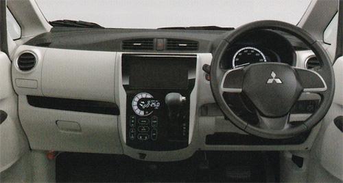 ekワゴン車内02